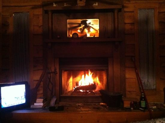 The Wright Cabins: love that fireplace