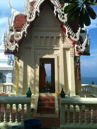 Baan KangMung HuaHin Resort: Temple top