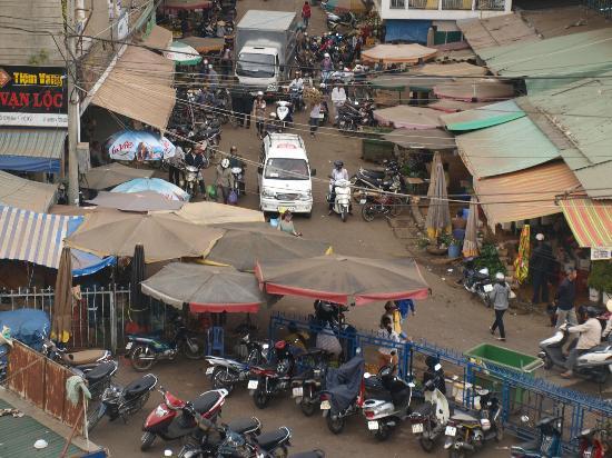 ثي ثاو - جاردينيا هوتل دالات: market place