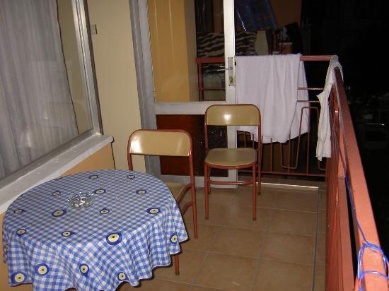 Huzuray Hotel : The balcony