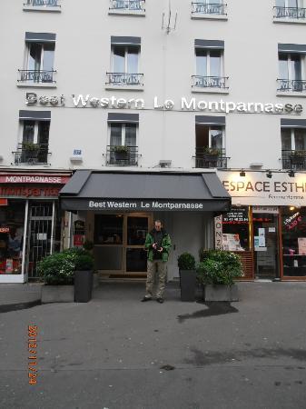 BEST WESTERN Le Montparnasse: Der Eingang zum Hotel
