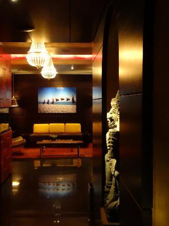 Sanctuary Hotel New York: Decor 