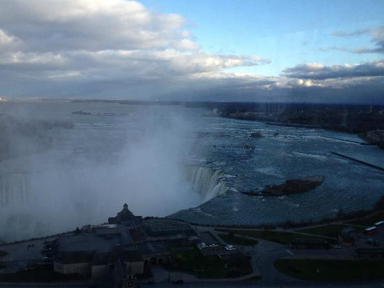 Oakes Hotel Overlooking the Falls: view from the 19th floor of the Horseshoe Falls