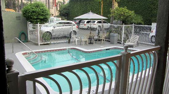 Rodeway Inn Hollywood: Piscina