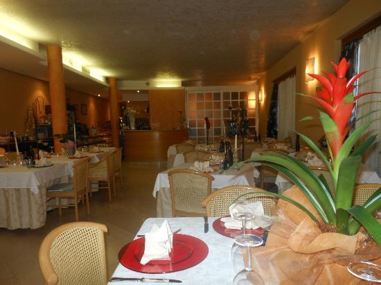 Hotel Ristorante Miralago: una bellissima sala accogliente