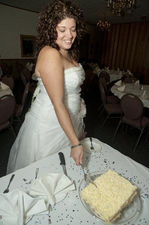 Sarrasin's on the Lake: Cutting the Cake
