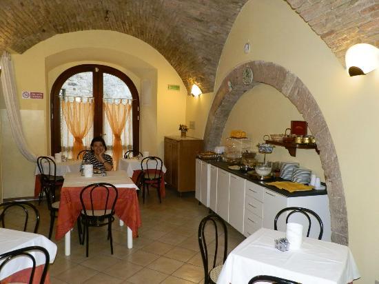 Hotel San Rufino: Desayuno