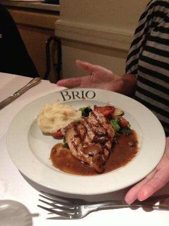 BRIO Tuscan Grille: chicken