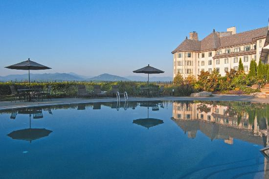 The Inn on Biltmore Estate: The Pool