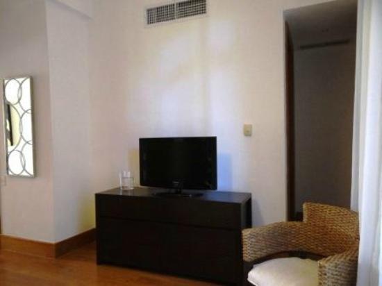 Los Altos Condo Residences: Secondary Master Bedroom with Ind. Control A/C