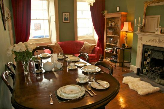 Poole House: Guest lounge and dining roon