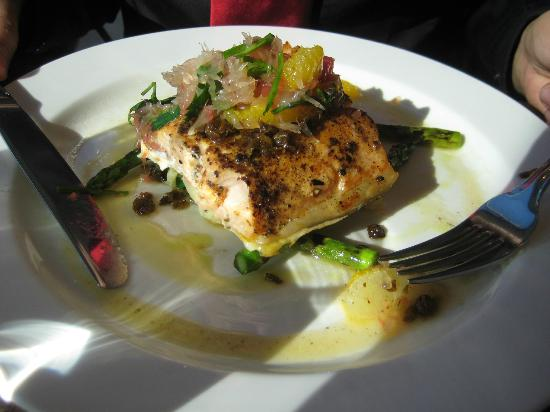 Salmon, vegetables and sauce - very good