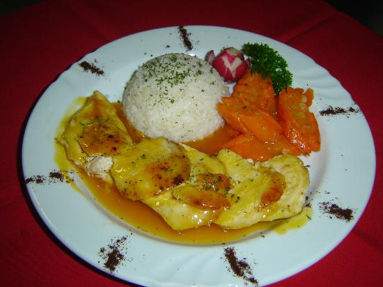 Taborcillo Island Resort: filet of chicken with passion fruit sauce