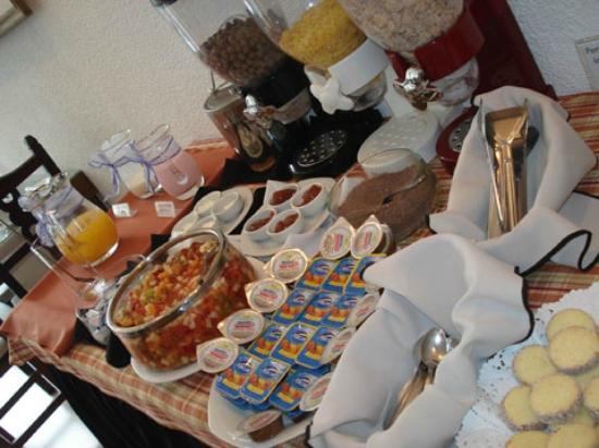 Hotel Lugra: Desayuno