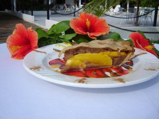 Taborcillo Island Resort: tasty mango cake
