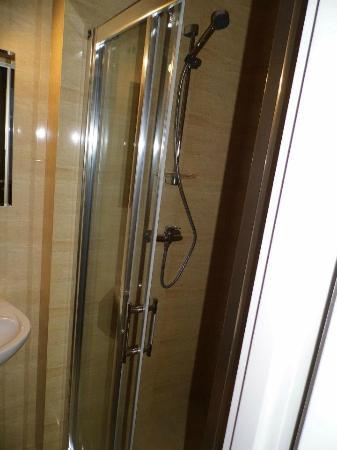 Hotel Huzar: Nowa łazienka