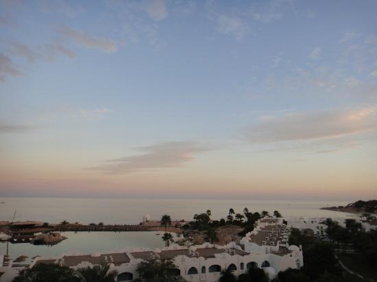 Domina Coral Bay Oasis: Вид на море
