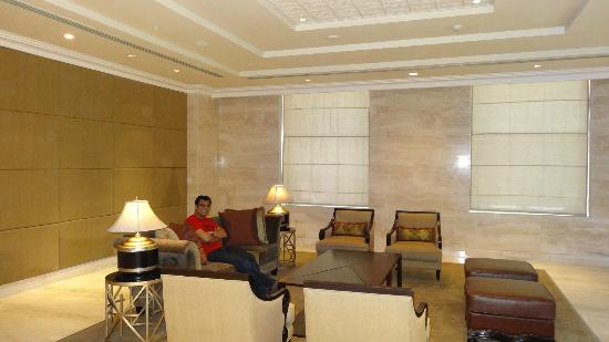 ITC Grand Chola, Chennai: Sitting Area
