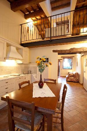 Valle del Metauro Country House: cucina