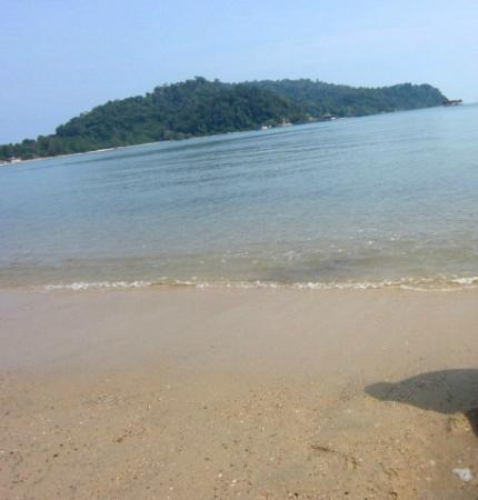 Teluk Dalam Resort: The beach