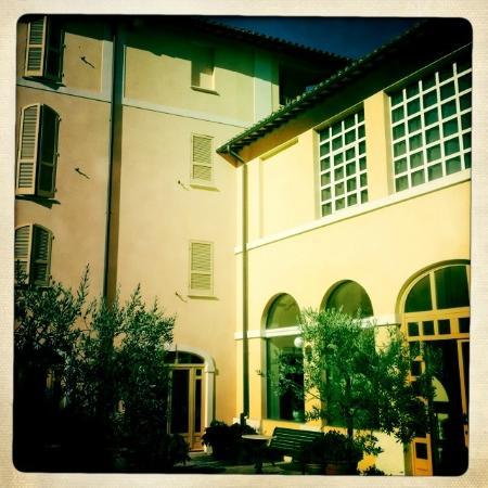 Hotel San Luca: Inner hotel courtyard
