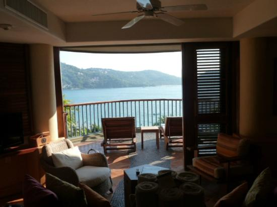 Embarc Zihuatanejo: from inside the room