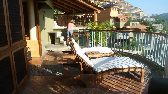 Embarc Zihuatanejo: the deck