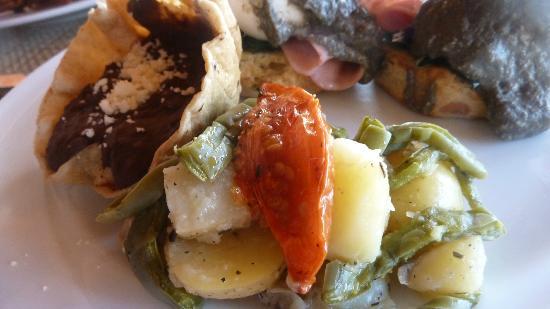 Embarc Zihuatanejo: Breakfast