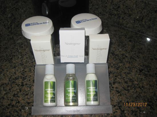 Hilton Garden Inn Washington DC / Bethesda: Bathroom amenities