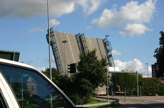 Saab Car Museum: trollhatan zwodzony most
