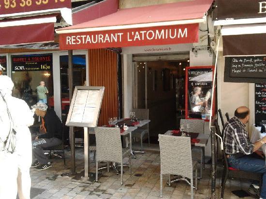 Latomium: Entrée de l'Atomium
