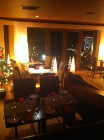 Waterfront House Restaurant: restaurant @ Christmas time