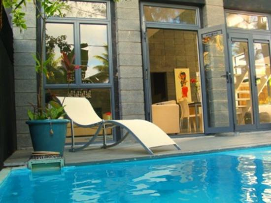Kakera Villa Apartments: Apt Pepe private sunny deck and pool area