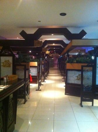 Durrat China: داخل المطعم- فرع دوار التاريخ