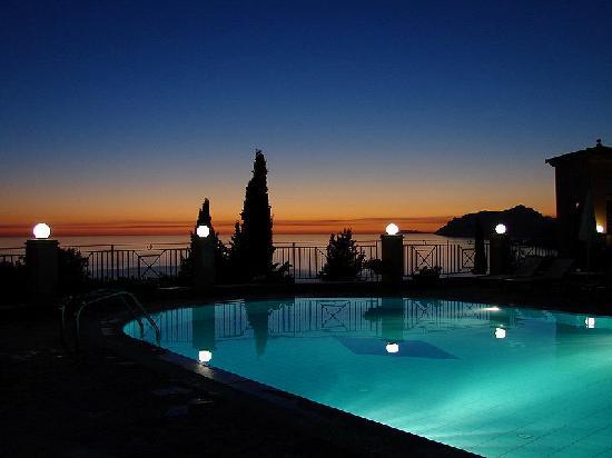 Dina S Paradise Hotel Apartments Reviews Agios Gordios Corfu