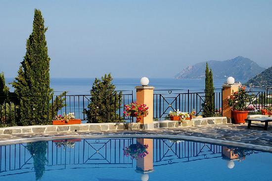 Dina's Paradise Hotel & Apartments: 3