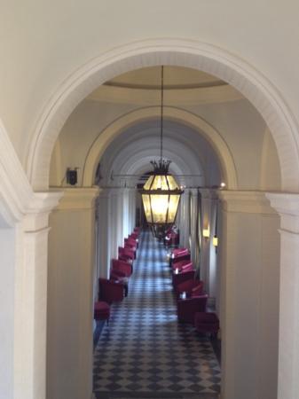 VOI Donna Camilla Savelli Hotel: corridoio centrale