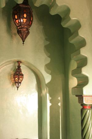 La Sultana Marrakech: details au dessus de la baignoire