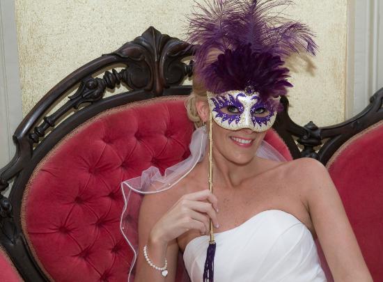 Margaret Gardens Inn: Don't forget your Mardi Gras reservations