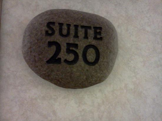 Best Western Plus Superior Inn & Suites: Suite 250