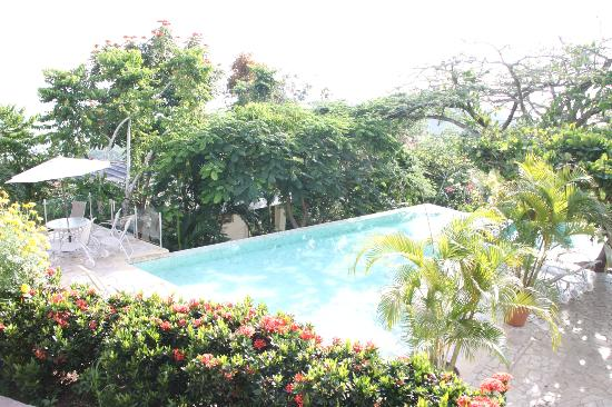 La Mariposa Hotel: Another pool!!