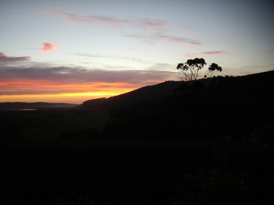 Aire Valley Restaurant and Guest House: Sunset from the Balcony