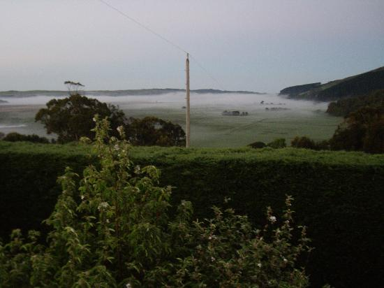 Aire Valley Restaurant and Guest House: View from the balcony of the beautiful Aire Valley with morning fog