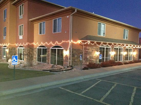 Comfort Inn & Suites Cedar City: Hotel Exterior