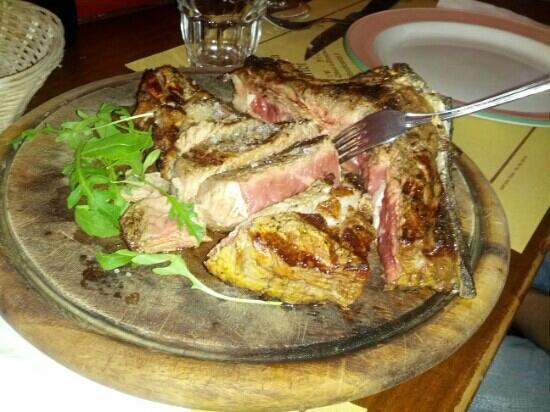 All'Antico Ristoro di Cambi: ottima bistecca alla fiorentina!