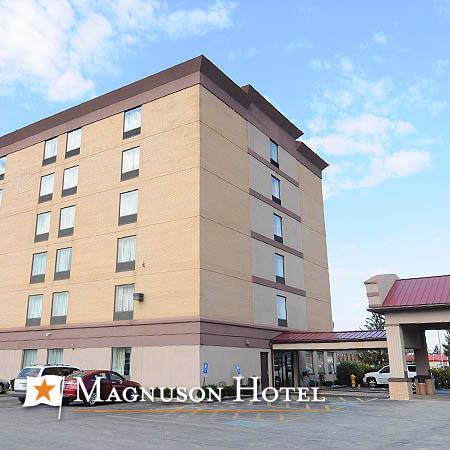 Magnuson Hotel Calumet Park : getlstd_property_photo