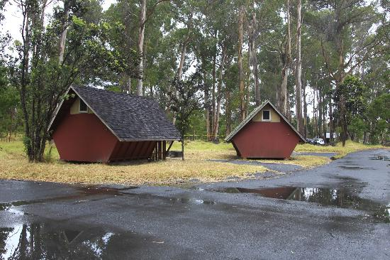 Volcano House: Cabins at Namakanipaio