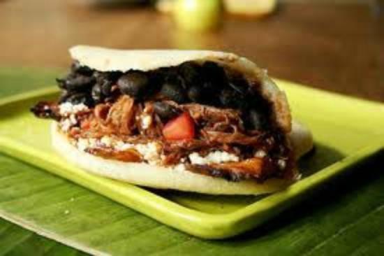 El Cocotero : Arepa de pabellon ummm