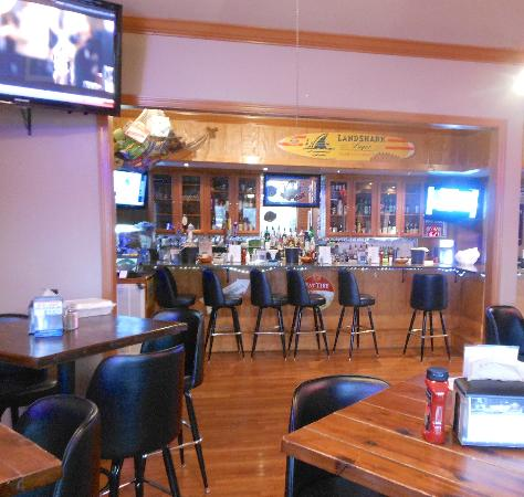 Jacob Myers Restaurant on the River: Bar