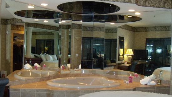 Paradise Stream Resort: Diana's Oasis